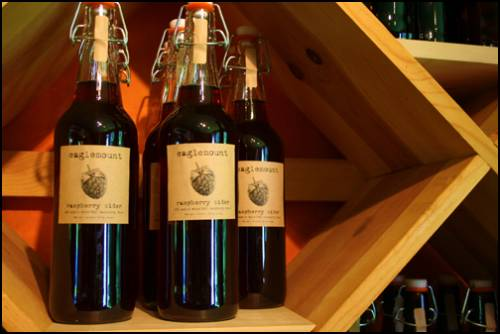 Eaglemount Raspberry Cider