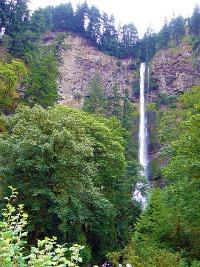 Multnomah Falls via sfgamchick on Flickr Creative Commons