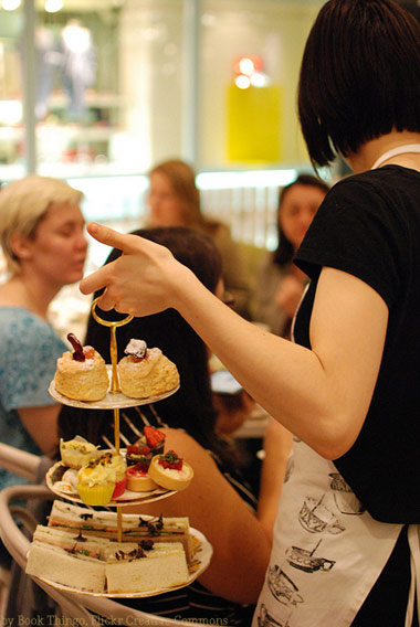 classic high tea by Book Thingo via Flickr Creative Commons