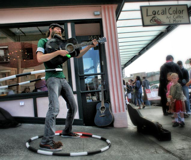 Street Musician at Seattle's Pike Place Market